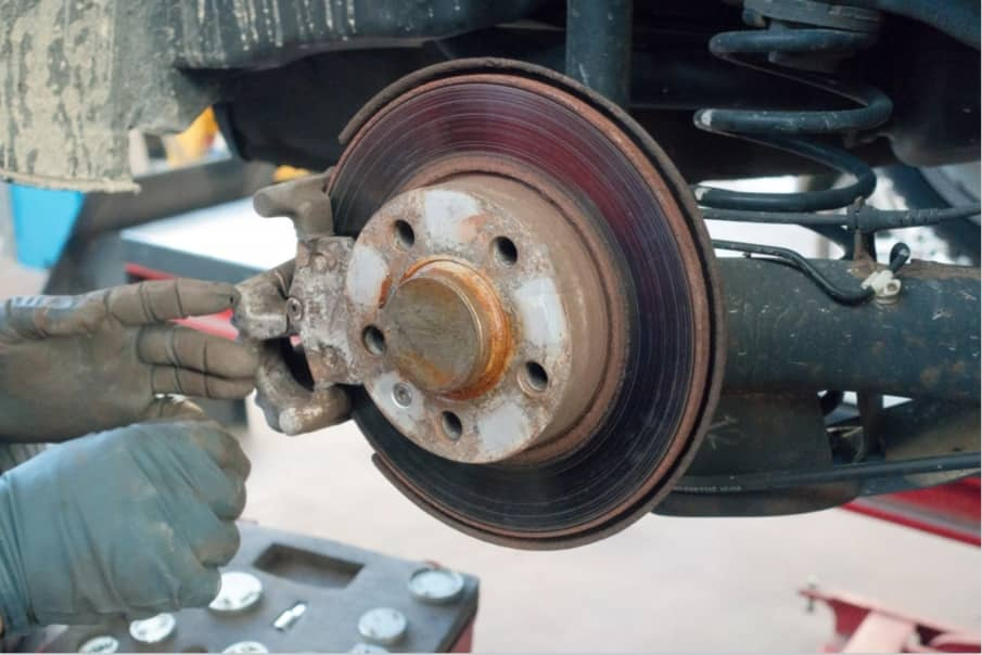 How to Change Brake Pads and Rotors on a Chevy Silverado